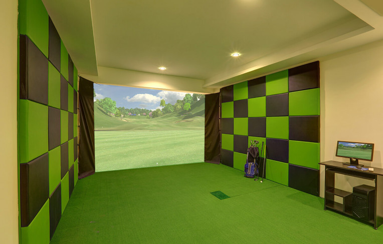 Golf Simulation Zone